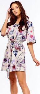 1041e204 sukienka w kwiaty bez ramion - stylowo i modnie z Allani