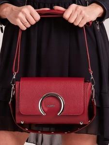 Czerwona torebka Rovicky ze skóry z aplikacjami na ramię