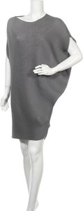 Sukienka Stylewe w stylu casual z długim rękawem z okrągłym dekoltem