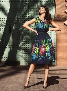 Granatowa sukienka Antonnucci rozkloszowana midi