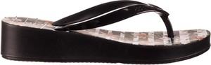 Czarne klapki Azaleia w stylu casual