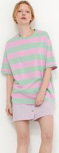 T-shirt House z okrągłym dekoltem w stylu casual z krótkim rękawem
