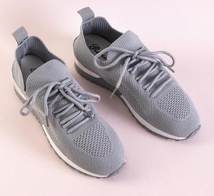 Buty sportowe Royalfashion.pl z płaską podeszwą w sportowym stylu