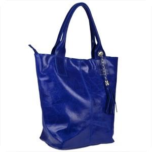 Niebieska torebka Borse in Pelle w wakacyjnym stylu