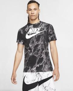 T-shirt Nike w sportowym stylu z nadrukiem z krótkim rękawem