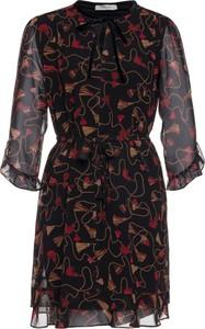 Sukienka Marella w stylu casual z żabotem rozkloszowana