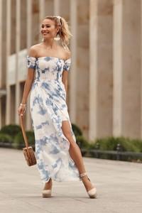 Sukienka Fasardi z odkrytymi ramionami