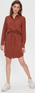 Czerwona sukienka House mini koszulowa