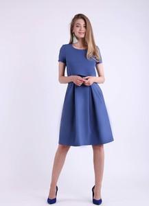 Sukienka Nommo rozkloszowana z krótkim rękawem midi