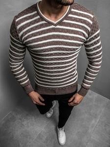 Sweter ozonee.pl w młodzieżowym stylu