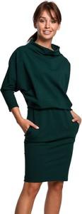 Sukienka BeWear z golfem z długim rękawem mini