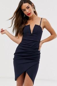 Czarna sukienka Ax Paris na ramiączkach