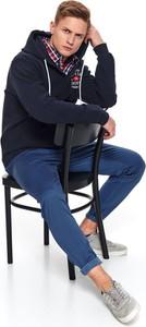 Bluza Top Secret w młodzieżowym stylu z dzianiny