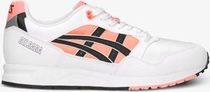 Buty sportowe ASICS sznurowane w młodzieżowym stylu