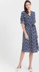 Sukienka BGN w stylu casual