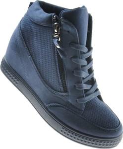 Granatowe buty sportowe producent niezdefiniowany z zamszu