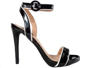 Czarne sandały Kokietki