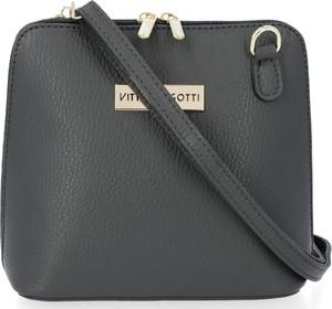 Czarna torebka VITTORIA GOTTI matowa na ramię