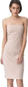 Różowa sukienka Nife midi dopasowana bez rękawów