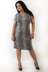 Sukienka Oscar Fashion dla puszystych w street stylu ze skóry