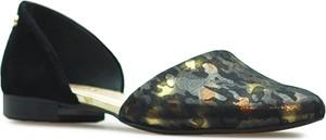 Baleriny Venezia z płaską podeszwą w militarnym stylu