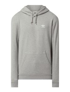 Bluza Adidas Originals w młodzieżowym stylu