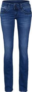 Niebieskie jeansy Pepe Jeans w street stylu z jeansu
