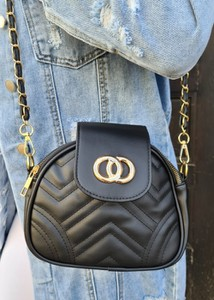 Czarna torebka Fason na ramię