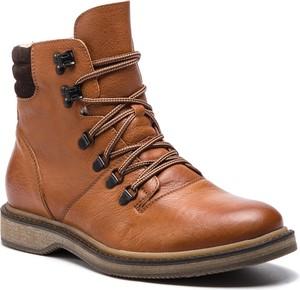 Brązowe buty zimowe Gino Rossi sznurowane w militarnym stylu