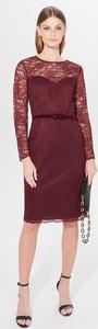 Czerwona sukienka Mohito prosta z długim rękawem