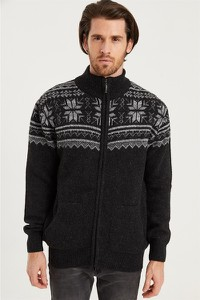 Sweter Dewberry w młodzieżowym stylu
