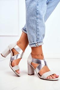 Srebrne sandały Eve z zamszu