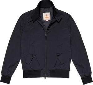 Czarna kurtka Baracuta w stylu casual krótka