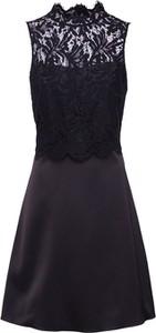 Czarna sukienka comma, bez rękawów