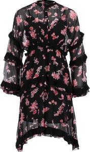 Sukienka Pinko z długim rękawem w stylu casual