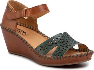 Brązowe sandały PIKOLINOS na koturnie na rzepy