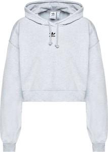 Bluza Adidas Originals w sportowym stylu krótka