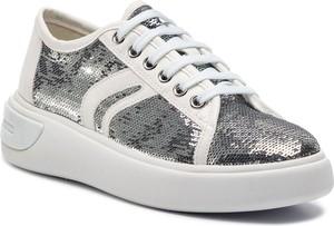 c7643b3997556 Srebrne buty damskie sznurowane Geox, kolekcja wiosna 2019