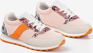 Różowe buty sportowe Royalfashion.pl sznurowane z płaską podeszwą ze skóry