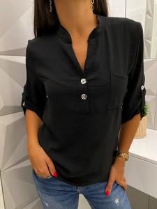 Czarna koszula ModnaKiecka.pl w stylu casual