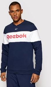 Bluza Reebok w młodzieżowym stylu