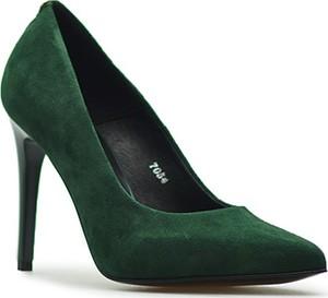 Zielone szpilki Sala ze spiczastym noskiem w stylu klasycznym na szpilce