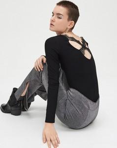 Czarna bluzka Cropp w stylu casual