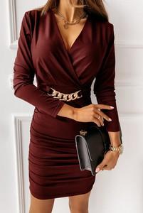 Czerwona sukienka Sandbella w stylu casual z satyny mini