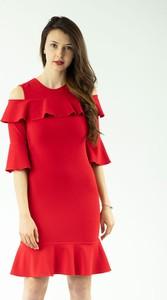 Czerwona sukienka Justmelove z okrągłym dekoltem z bawełny z długim rękawem