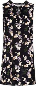 Sukienka Multu bez rękawów z okrągłym dekoltem mini