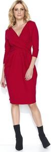 Czerwona sukienka Makadamia midi z dekoltem w kształcie litery v z długim rękawem