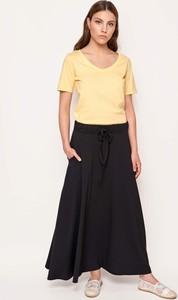 Spódnice dzianinowe midi, kolekcja lato 2020