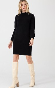 Czarna sukienka V by Very z długim rękawem mini