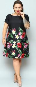 Sukienka KARKO w stylu casual trapezowa z krótkim rękawem